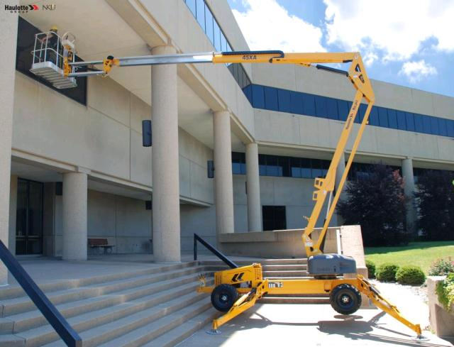 Where to find MANLIFT, 55  LIGHTWEIGHT  BOOMLIFT in Kamloops