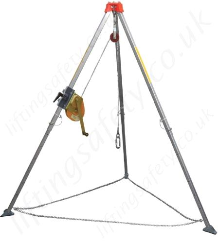 Where to find TRIPOD EVAC KIT W 65  CABLE in Kamloops